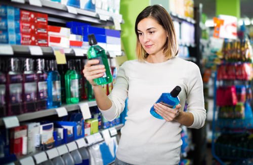 Mouthwash with Alcohol vs. without: Which Really Is Better?