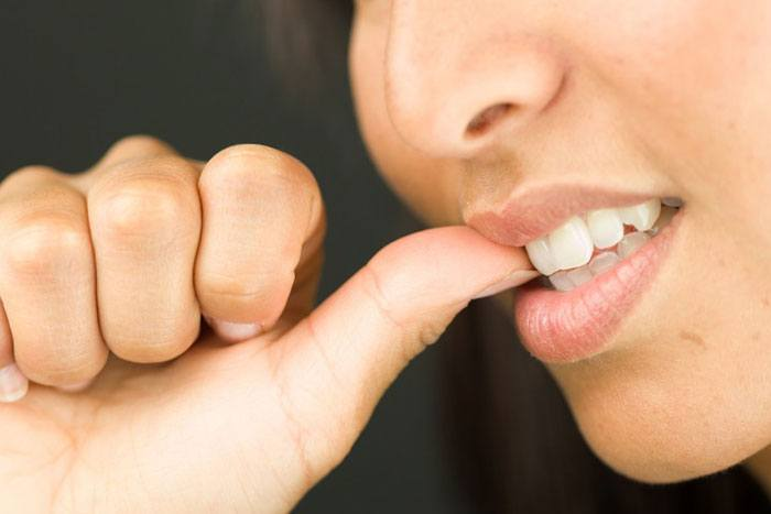 bad habits which create bad teeth