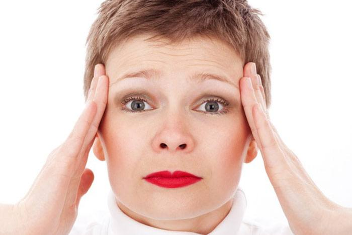 The odd person you should tell about your headaches